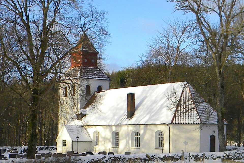 Dagsås Kyrka och kyrkogård