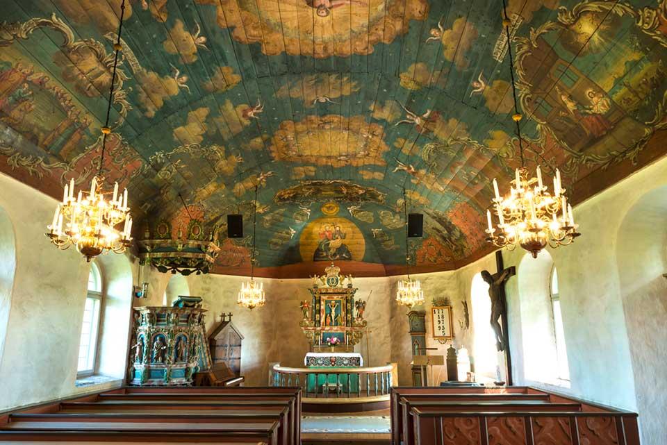 Svartrå kyrka